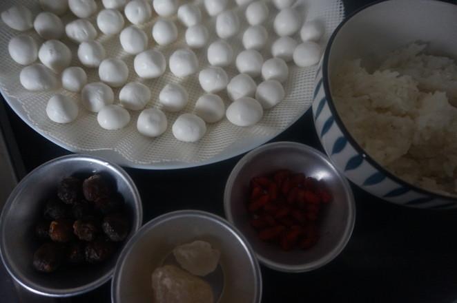 治愈系甜品糯叽叽的桂圆酒酿小圆子的做法大全