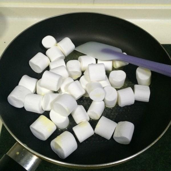 奥利奥牛轧糖怎么炒