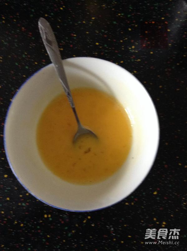 葱香火腿蛋包饭怎么做