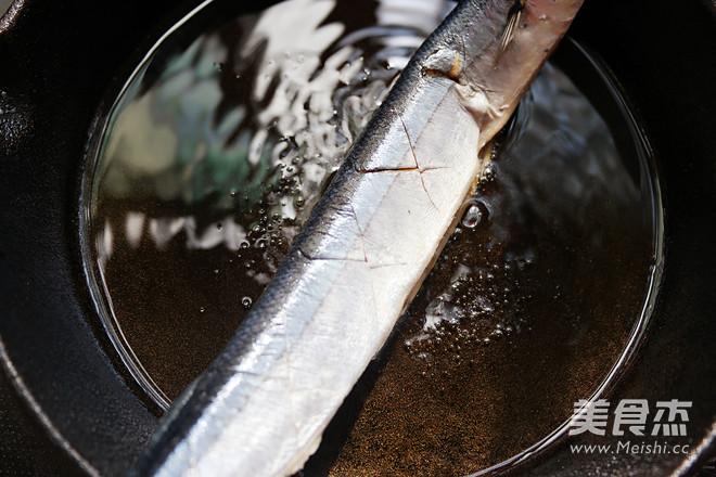 盐煎秋刀鱼怎么做