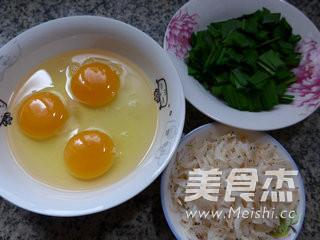韭菜虾皮摊鸡蛋的做法大全