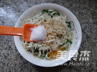 韭菜虾皮摊鸡蛋的简单做法