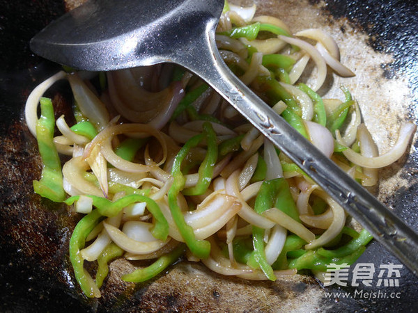 尖椒炒洋葱怎么煮