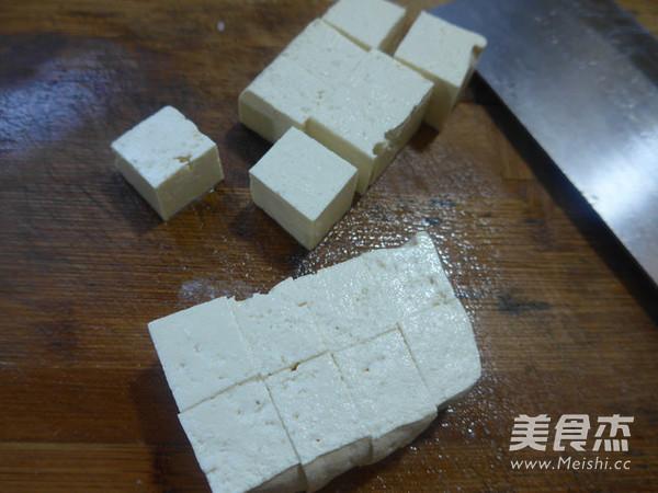 韭菜五花肉烧豆腐的做法图解