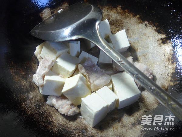 韭菜五花肉烧豆腐怎么吃