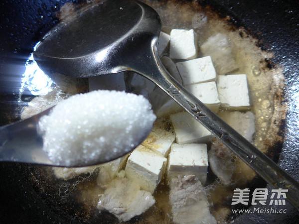 韭菜五花肉烧豆腐怎么煮