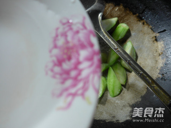 剁椒丝瓜的家常做法