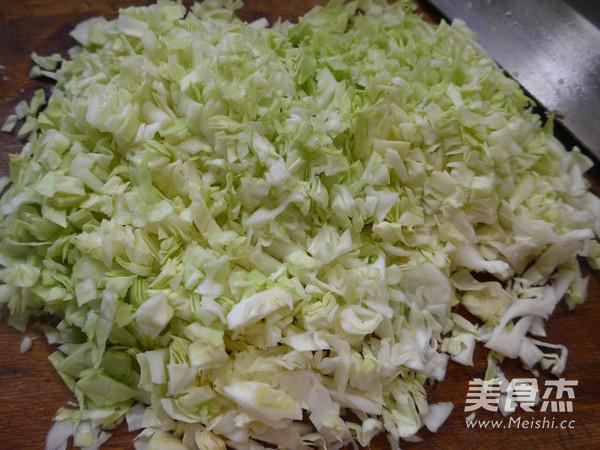 香菇圆白菜猪肉馅饺子的家常做法