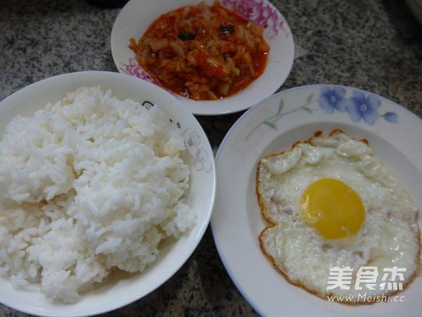 鸡蛋泡菜炒饭的做法大全
