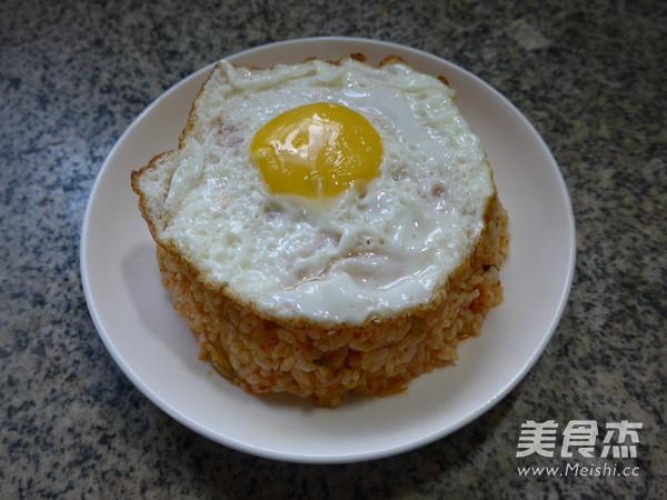 鸡蛋泡菜炒饭怎么炒
