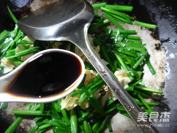 韭菜炒千张怎么做