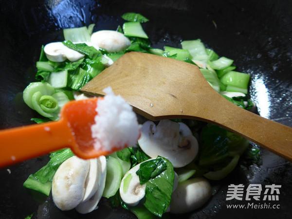 蘑菇炒青菜怎么吃