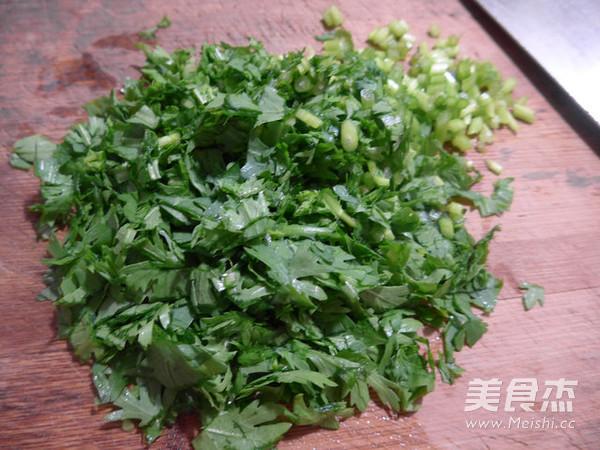 猪肉末茼蒿大米粥的做法图解