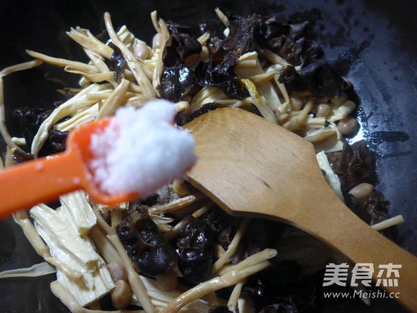 素什锦腐竹怎么煮