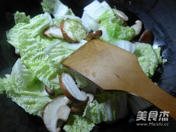 香菇白菜炒海虾的做法图解