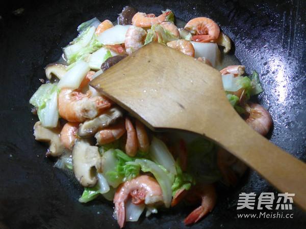 香菇白菜炒海虾怎么炒