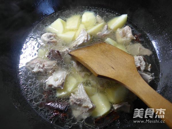土豆烧兔肉怎么吃