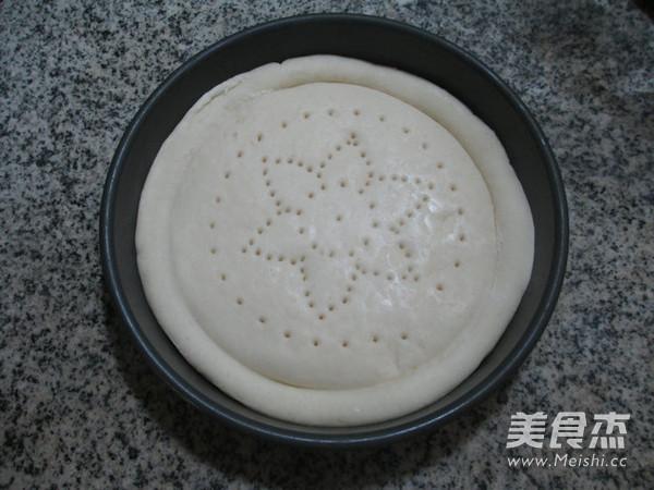 青豆玉米粒火腿肠披萨的家常做法
