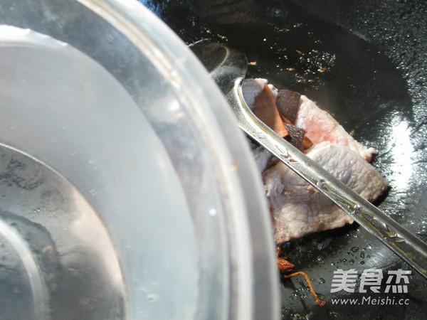 兰花豆腐干烧大排的简单做法