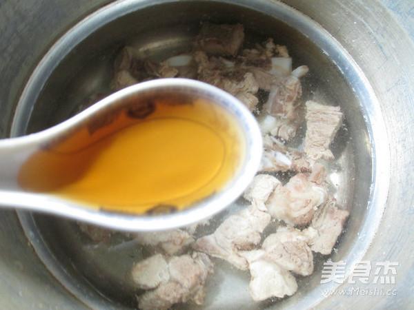 面结排骨汤的家常做法