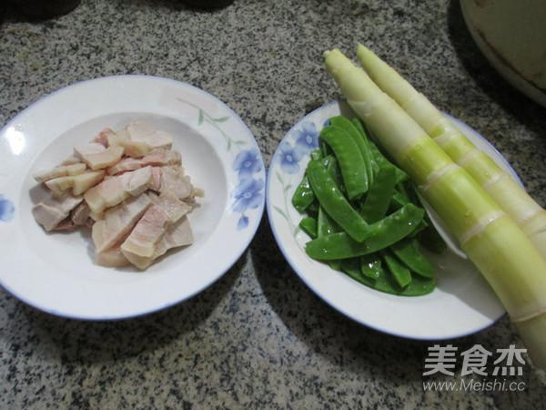 五花肉荷兰豆炒雷笋的做法大全
