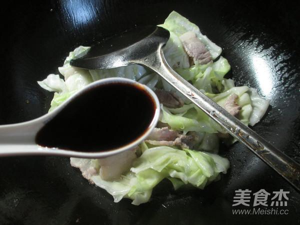 猪肉炒包心菜怎么做