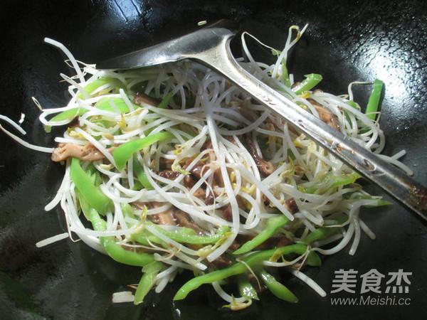 香菇尖椒炒绿豆芽怎么吃