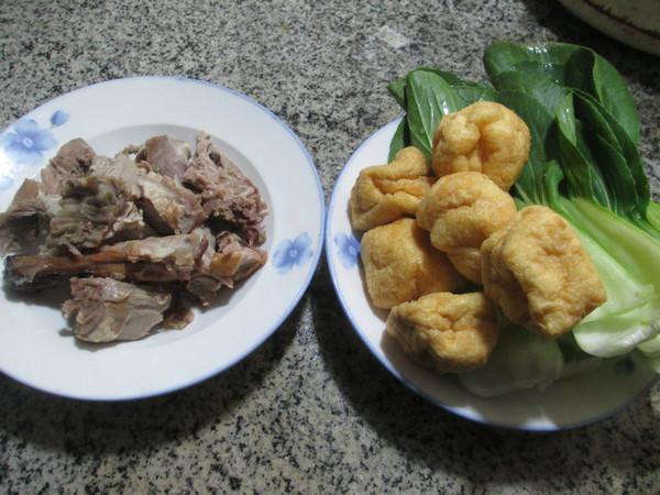 鸭骨油豆腐青菜汤的做法大全