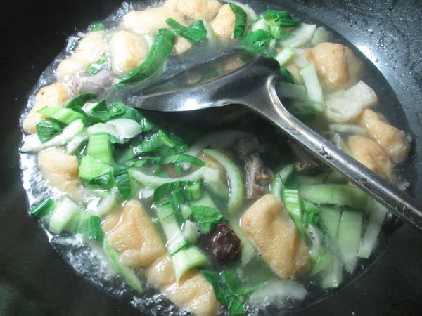 鸭骨油豆腐青菜汤怎么吃