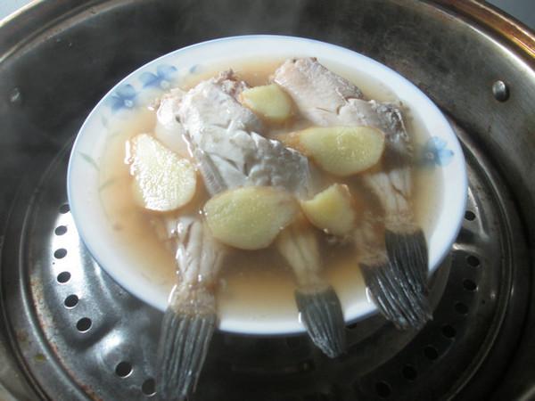 鸡蛋白菜橡皮鱼羹怎么做