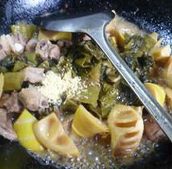 酸菜雷笋排骨怎样煮