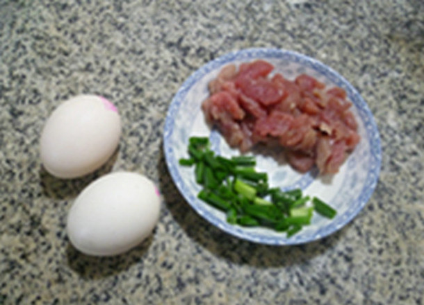 里脊肉大白菜鸡蛋汤的做法图解
