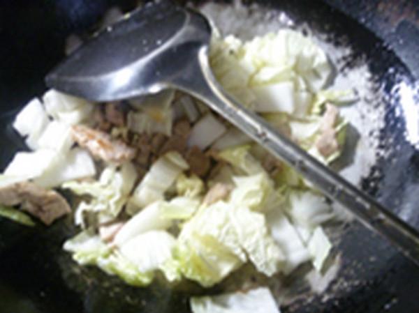 里脊肉大白菜鸡蛋汤怎么煮