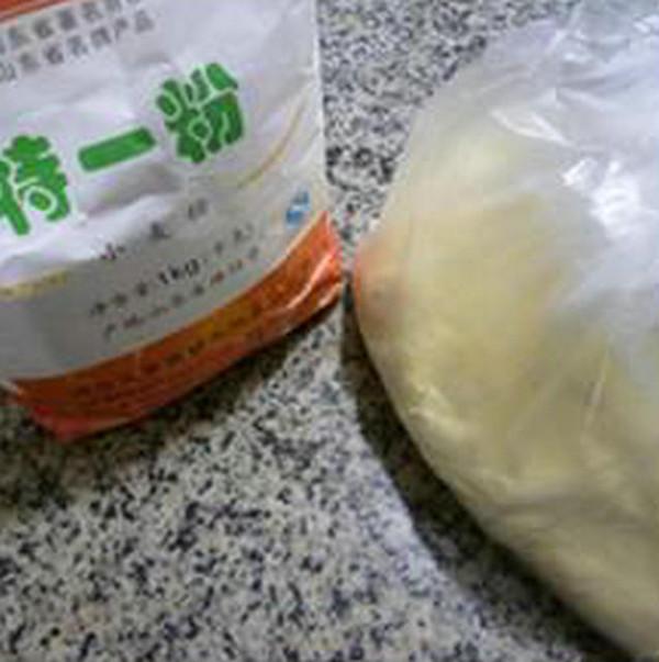 玉米面芹菜肉末煎饼的做法大全