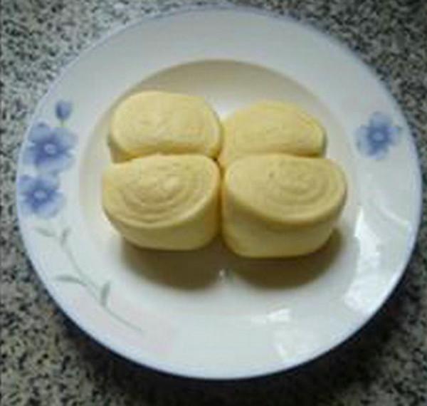 柿子椒烤香肠炒馒头的家常做法