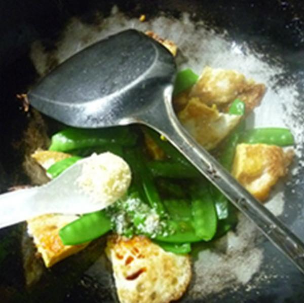 荷兰豆炒荷包蛋怎么煮