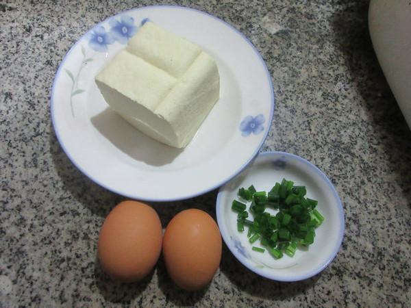 鸡蛋抱老豆腐的做法大全