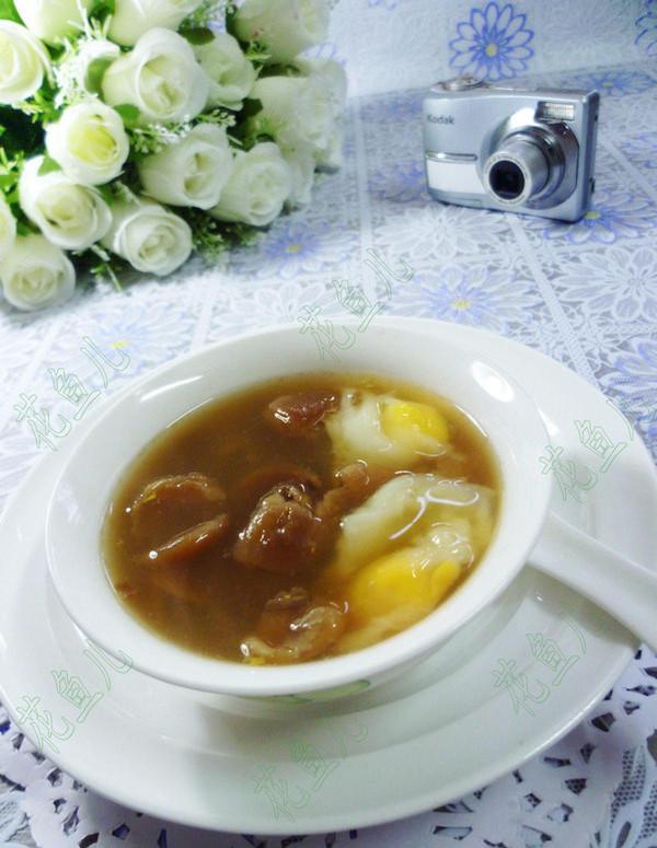 鸽子蛋桂圆甜汤成品图