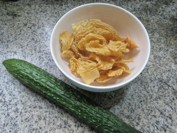 黄瓜与蛋白肉的做法大全