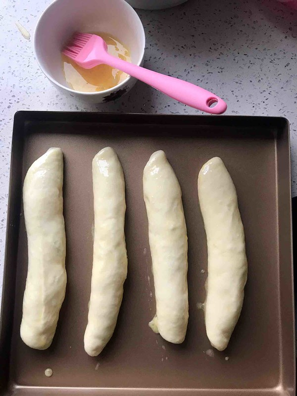 毛毛虫面包的制作