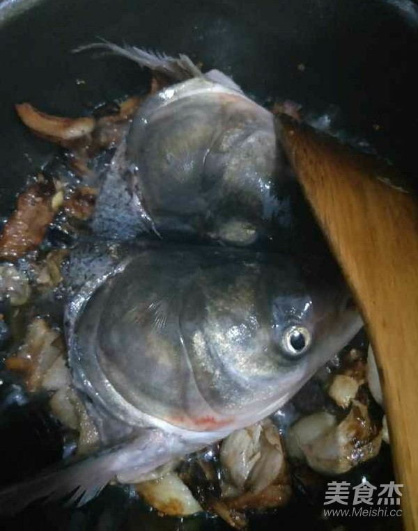 垮炖胖头鱼怎么做