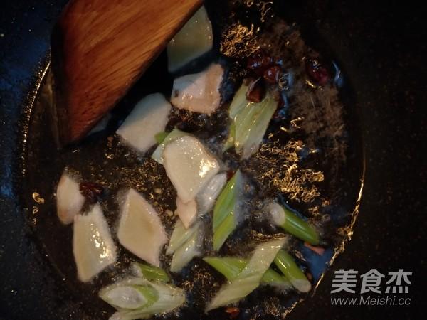 荷叶糯米鸡饭怎么做