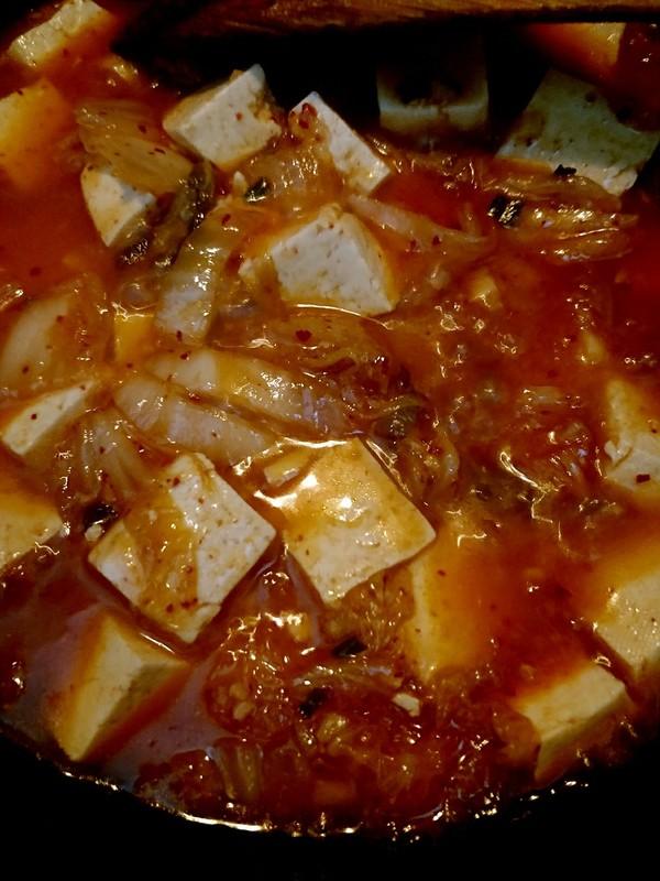 辣白菜炖豆腐怎么煮