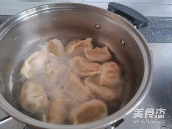 胡萝卜饺子怎么煸