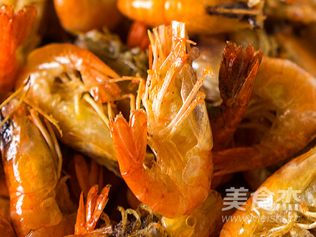 教你做正宗的上海《油爆河虾》怎么吃