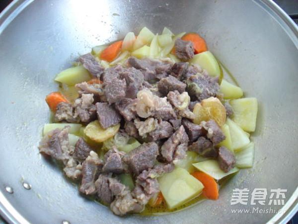 土豆烧牛肉怎样炒