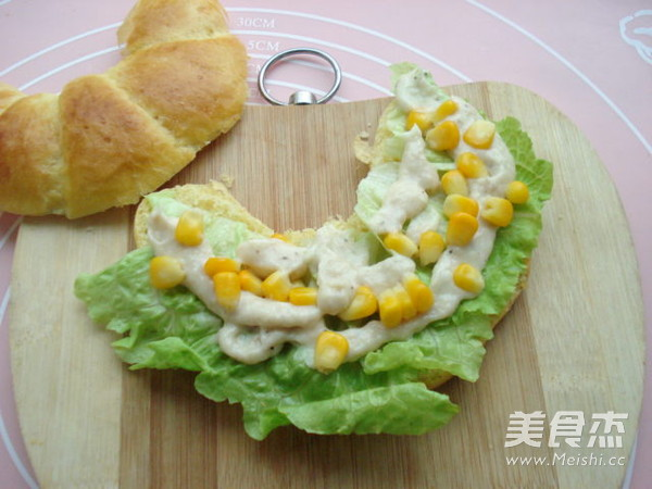 玉米沙拉牛角包的家常做法