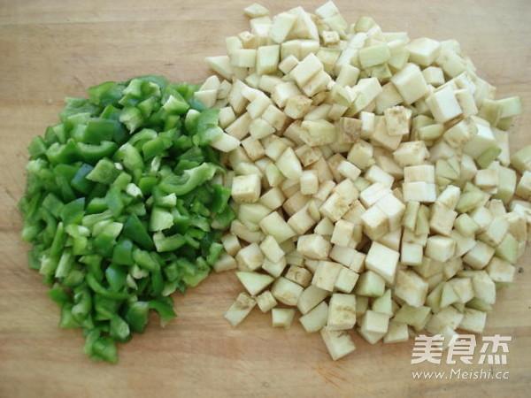 茄丁青椒肉酱面的做法图解