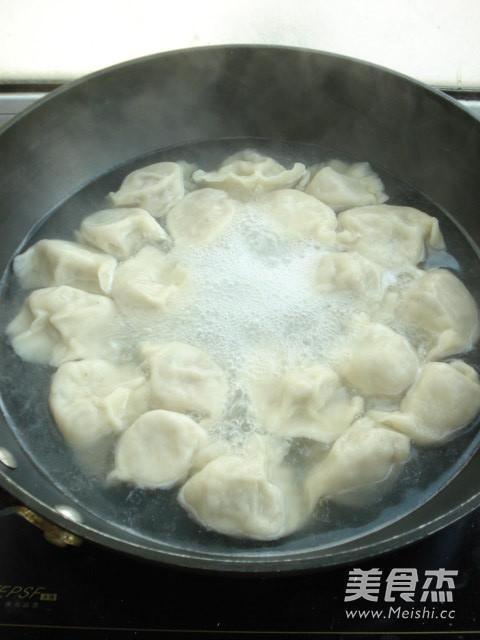 木耳胡萝卜饺子怎么做