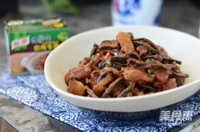 干豆角炖五花肉怎么煮
